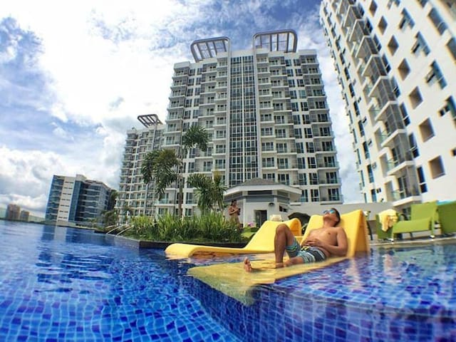 1BR MACTAN NEWTOWN+Luxury+Wifi+Pool - Lapu-Lapu City - Apartment