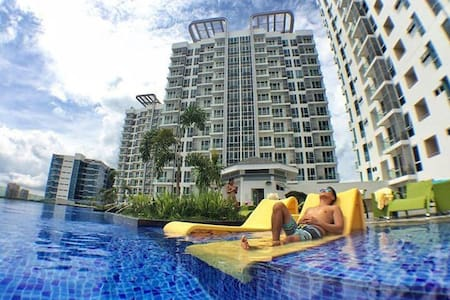 1BR MACTAN NEWTOWN+Luxury+Wifi+Pool - Lapu-Lapu City