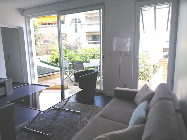 Moneghetti, superbe appartement, limitrophe Monaco