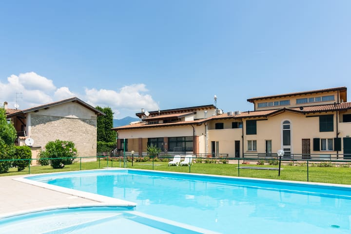 Scenic Apartment in Salò with Swimming Pool