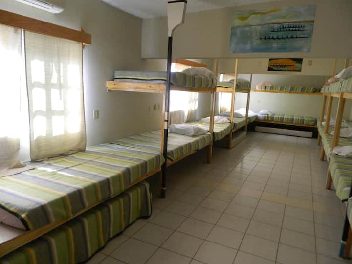 Hostal Santiago NL Dream and Go LOW COST