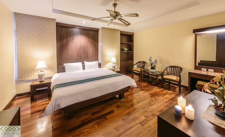 Cozy lake view Suit room with private terrace 102