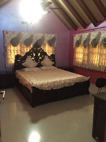 Fully furnished Bungalow withall modern amenities - Gandhinagar - Bungalou