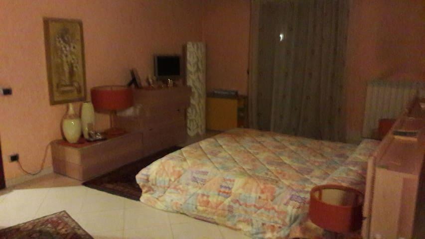 Appartamento su due livelli - Militello In Val di Catania - Appartement