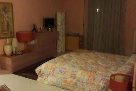Appartamento su due livelli - Militello In Val di Catania