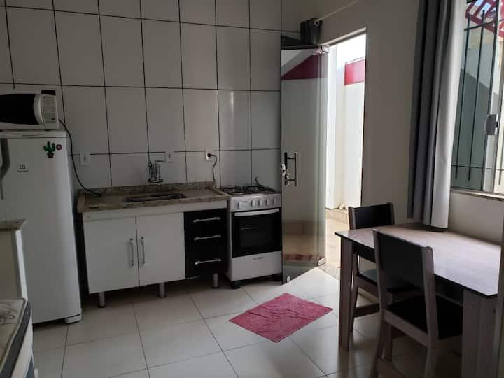 Kitnet n1 c/ mobília - Vila Alemã - 150m da Unesp