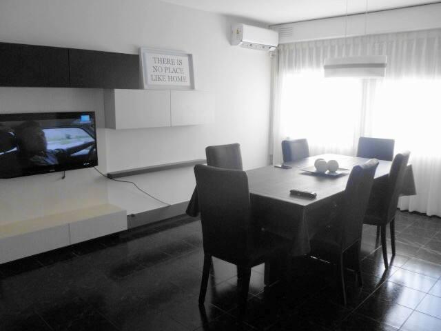 Departamento zona Hospital Garrahan y Santa Lucia - Buenos Aires - Appartement