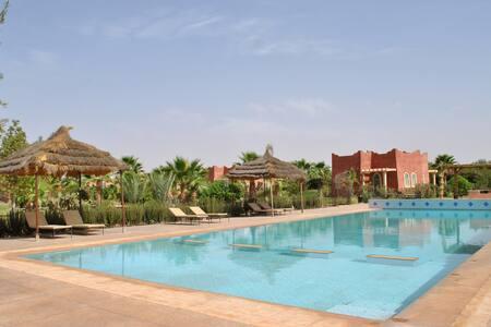 Maison d'hôtes RIAD BELOISEAU - Marrakech - Bed & Breakfast