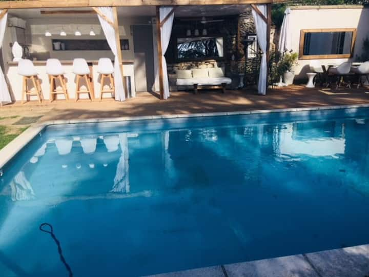 Buddha Beach thoiry Suite de luxe avec  jacuzzi