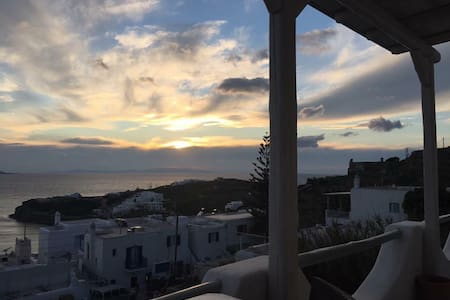 Mykonos sea view apartment @ new port-IpTas.manos - Tourlos