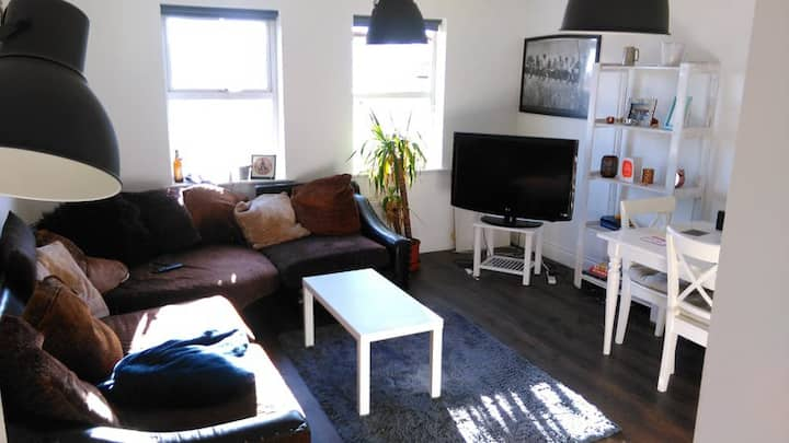 Friendly, Cosy Flat inTooting 20min Central London