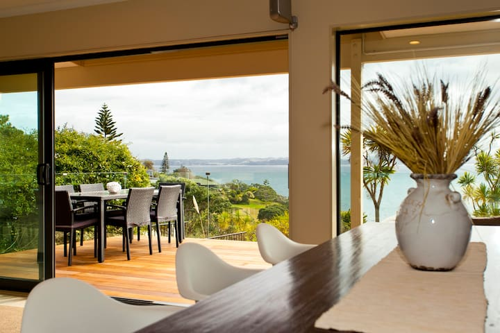 Luxury Clifftop Seaview - Whangaparaoa - Villa