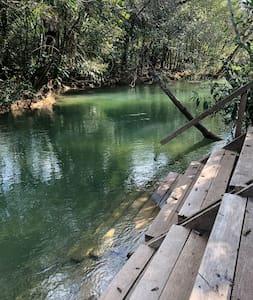 Rancho Yporã, na beira do rio em Bonito MS.
