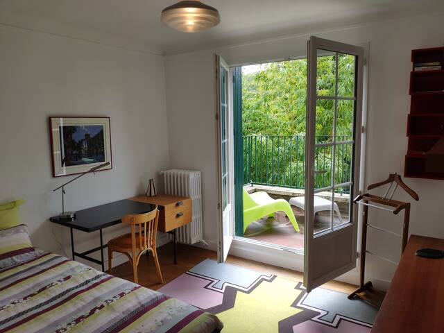 Chambre 1 et terrasse