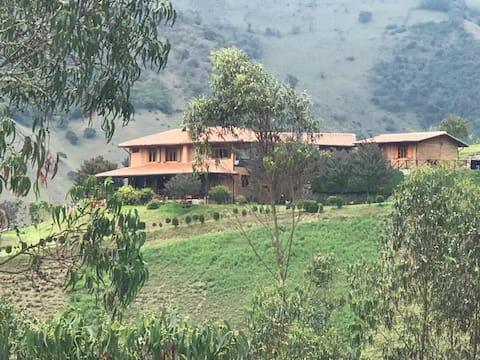 Rancho el Reflejo!  (House & Cottage)