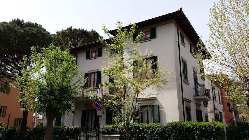 HIGH STANDARD APARTMENT - Montecatini Terme - Apartamento