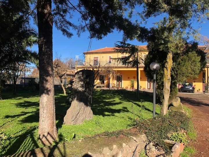 Guests House overlooking Etna