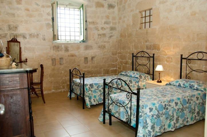 Camera doppia casa Melina