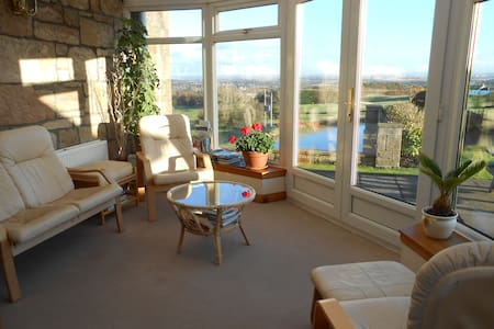 Tambowie Farm B&B: Twin Room - Milngavie