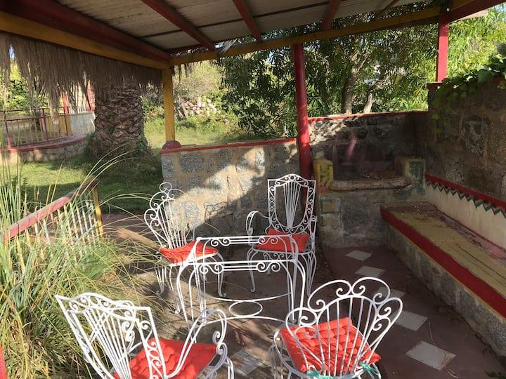 """Habitación indiv. independ.  """"Villa el Cantoral"""""""