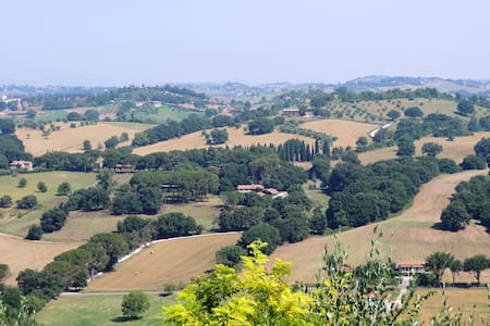 Glicine -Relax and nature near Rome - Collevecchio - アパート