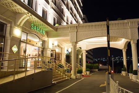viaport alışverş merkezine yakın rezidans dairesi - Istambul