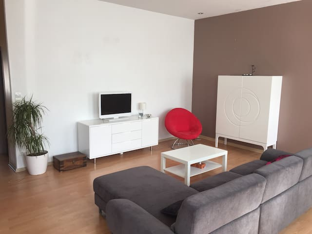 appartement 90m2 en centre ville - Carvin - Apartament