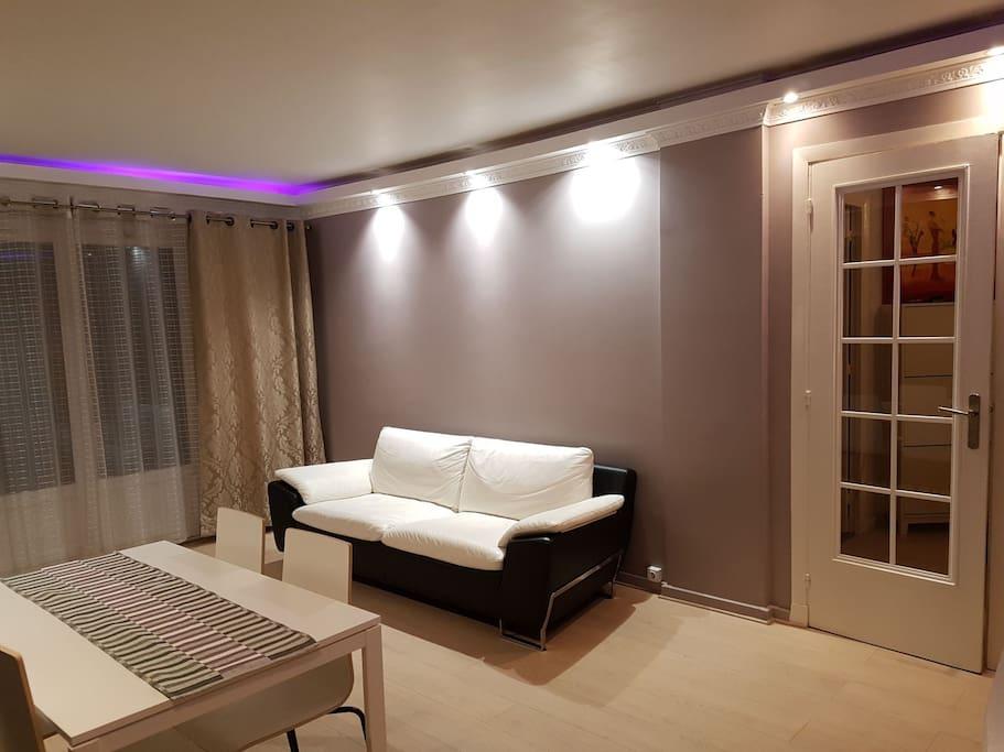 appartement exceptionnel apartments for rent in fontenay aux roses le de france france. Black Bedroom Furniture Sets. Home Design Ideas