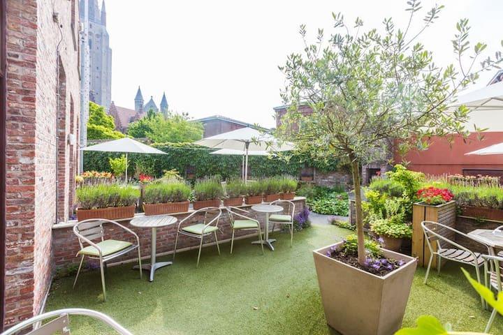 Bonobo's standard terrace apartment