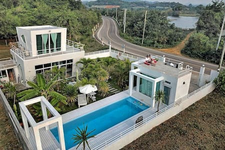 Private Lap Pool, 2 bdrm Pranburi Villa