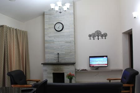 Two Bed Apartment - Himalaya @Two Seas Residence - Ooty - Byt