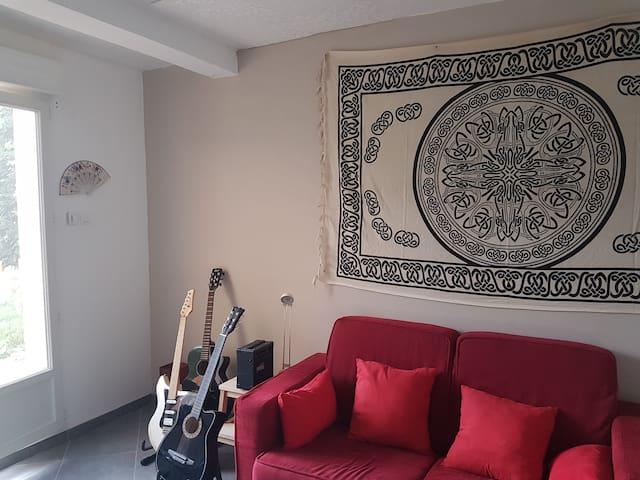 Studio agréable dans une maison familiale