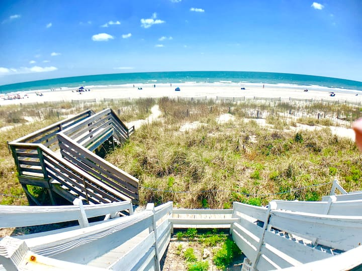 Oceanfront 2BR/1Bath~Unit A or C/Free Wifi