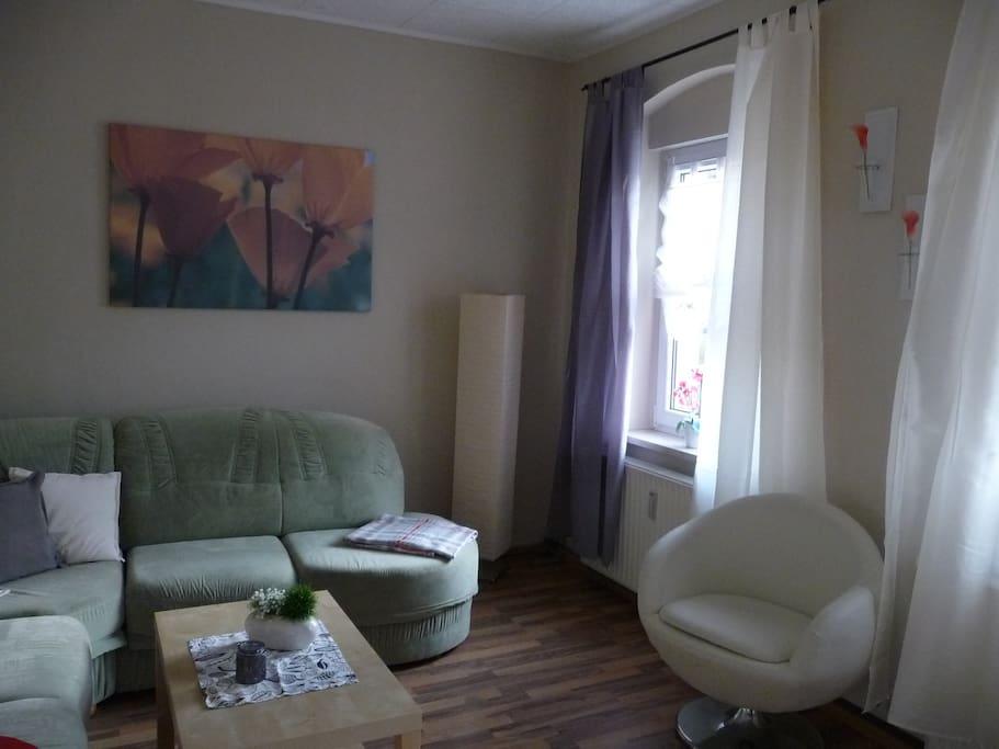 Wohnzimmer mit Schlafcouch f. 2 Personen