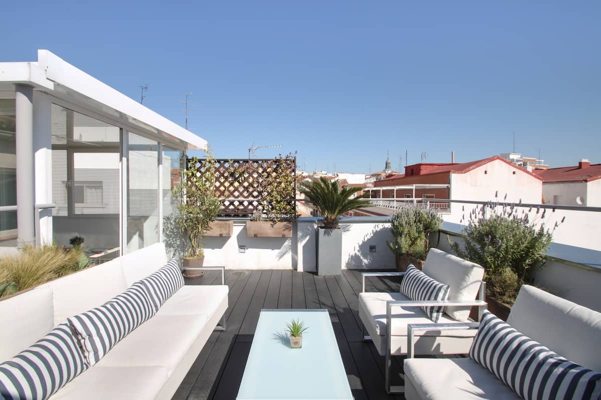 The Sky of Madrid Penthouse with Private Terrace in Conde Duque