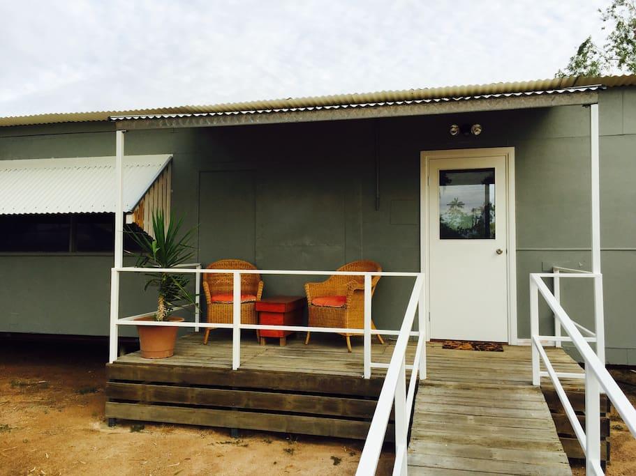 Cottage on cork steadman cottage houses for rent in winton queensland australia - The cork hut a flexible housing alternative ...