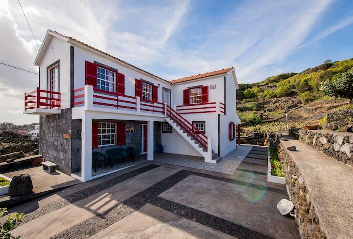 Adega Pedra do Lagar casa de férias - Lajes Do Pico - Dom