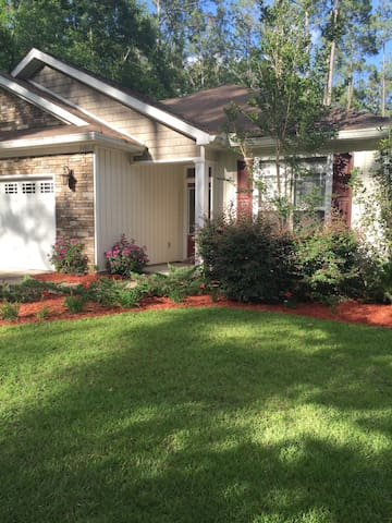 Tallahassee Cozy 3 bedroom Haven