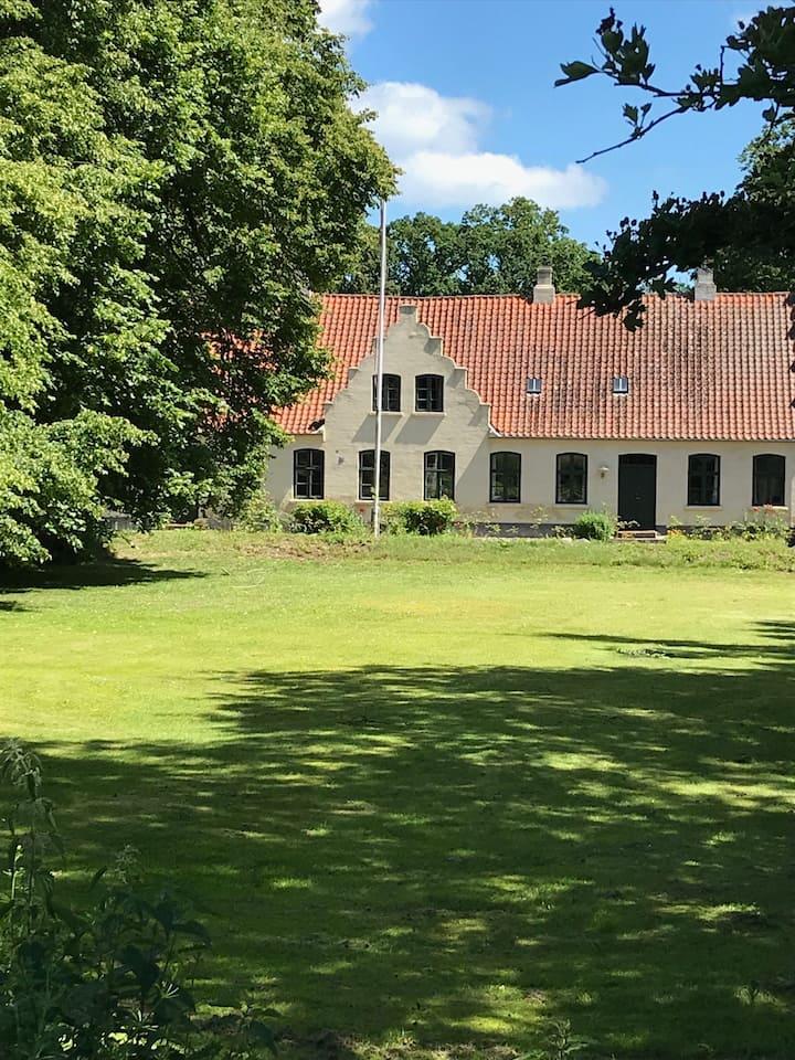 Onsbjerg Gl. Præstegård