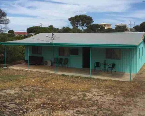 'Bringabeer Inn' beach holiday house in Hopetoun