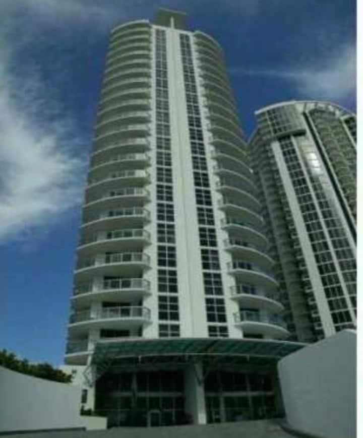 HABITACION HOTEL BAÑO Y BALCON SUNNY ISLES BEACH
