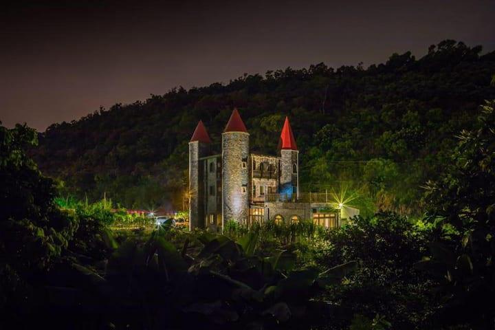 歌德套房-礁溪艾德堡德國城堡民宿,品嘗道地德國美食,體驗南德城堡風情
