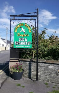 Baymor House B&B  Double Room 1 - Lahinch - Bed & Breakfast