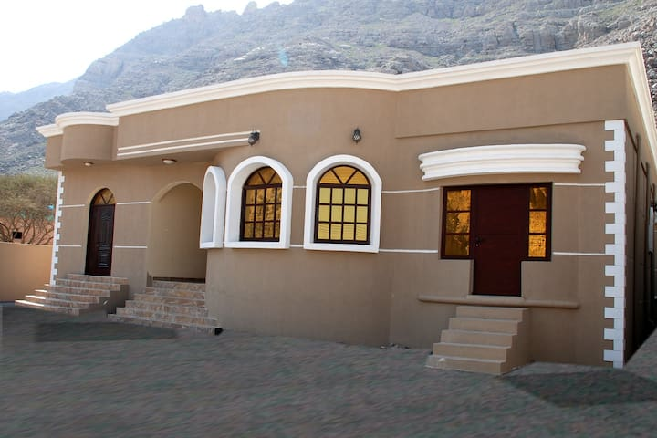 Fully Furnished Villa Rooms - Khasab - Villa