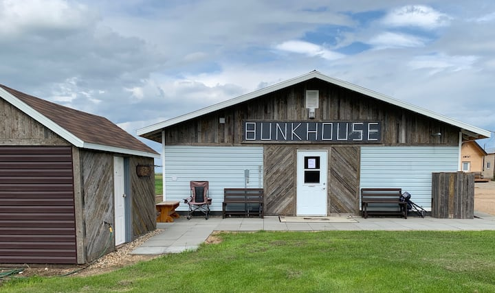Bunkhouse Suite #3  @ The Ranch Highway 55 Debden