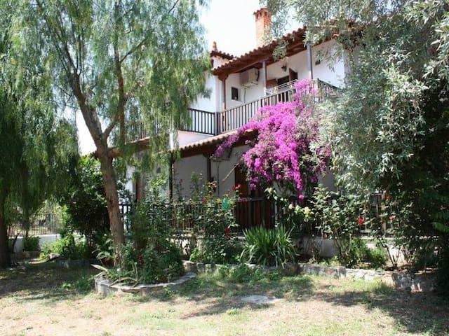 House Katia Apartment - Kalamos - Daire