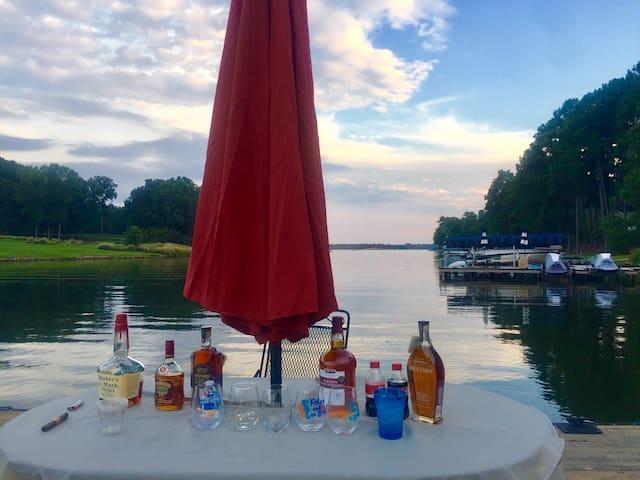 Lake Lover's Dream in Reynolds On Lake Oconee!