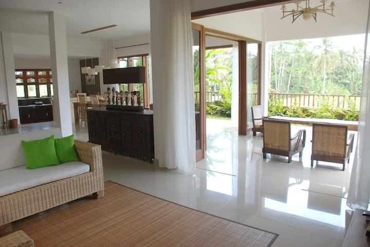 Villa Daun - 3 BR & private pool