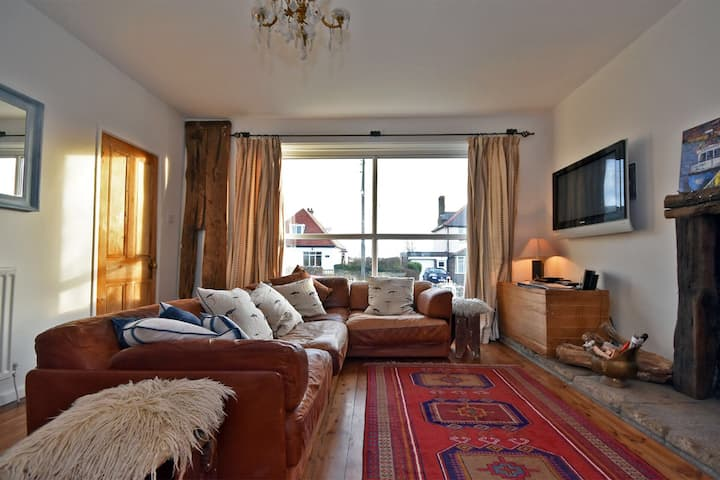 Self catering detached beach house close to beach.