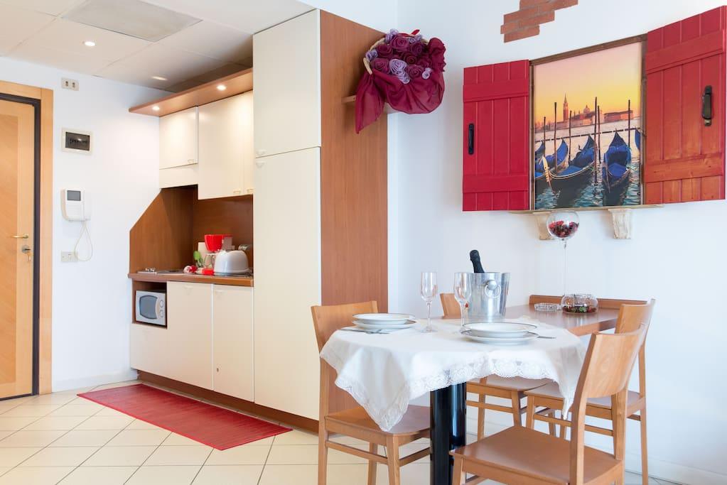 Mya a venetian atmospere apartments for rent in quarto for Visma arredo quarto d altino